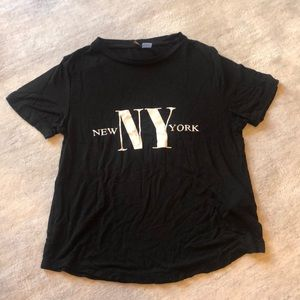 Black short sleeve New York top